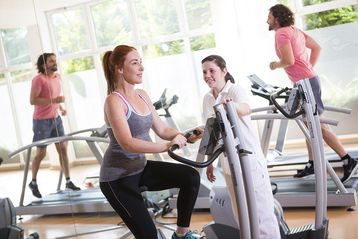 Fitnessbereich Reha Therapien